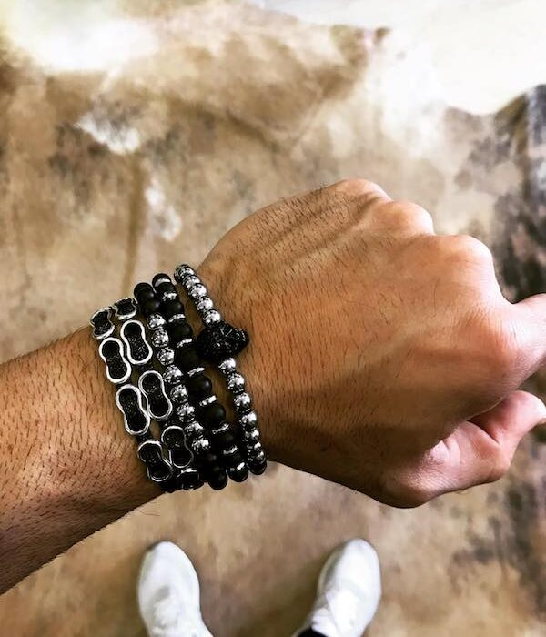 Set of 4 bracelets with skull and stones