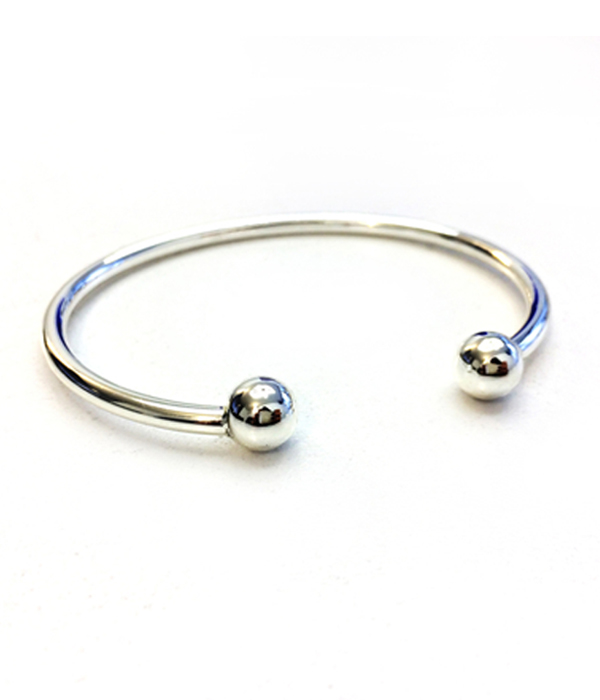Silver bracelet with balls