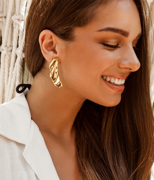 Gold Waves Earrings