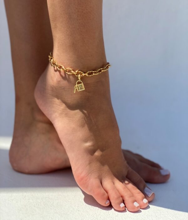 Gold Anklet Calisto with Padlock